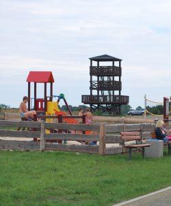 Plac zabaw na kempingu w Radęcinie