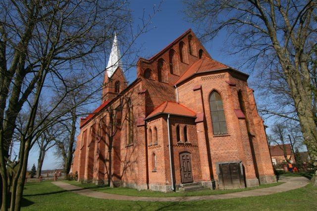 kościół w radęcinie